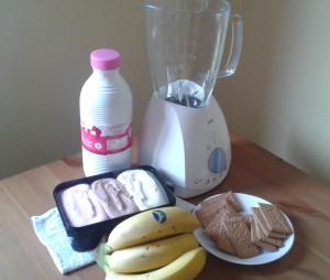 Ingredientes para un batido de plátano