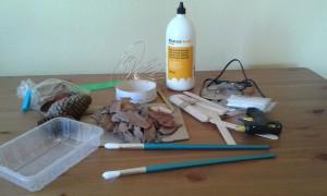 Materiales para hacer la comedera de pájaros