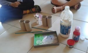 Materiales para pintar los rollos de papel