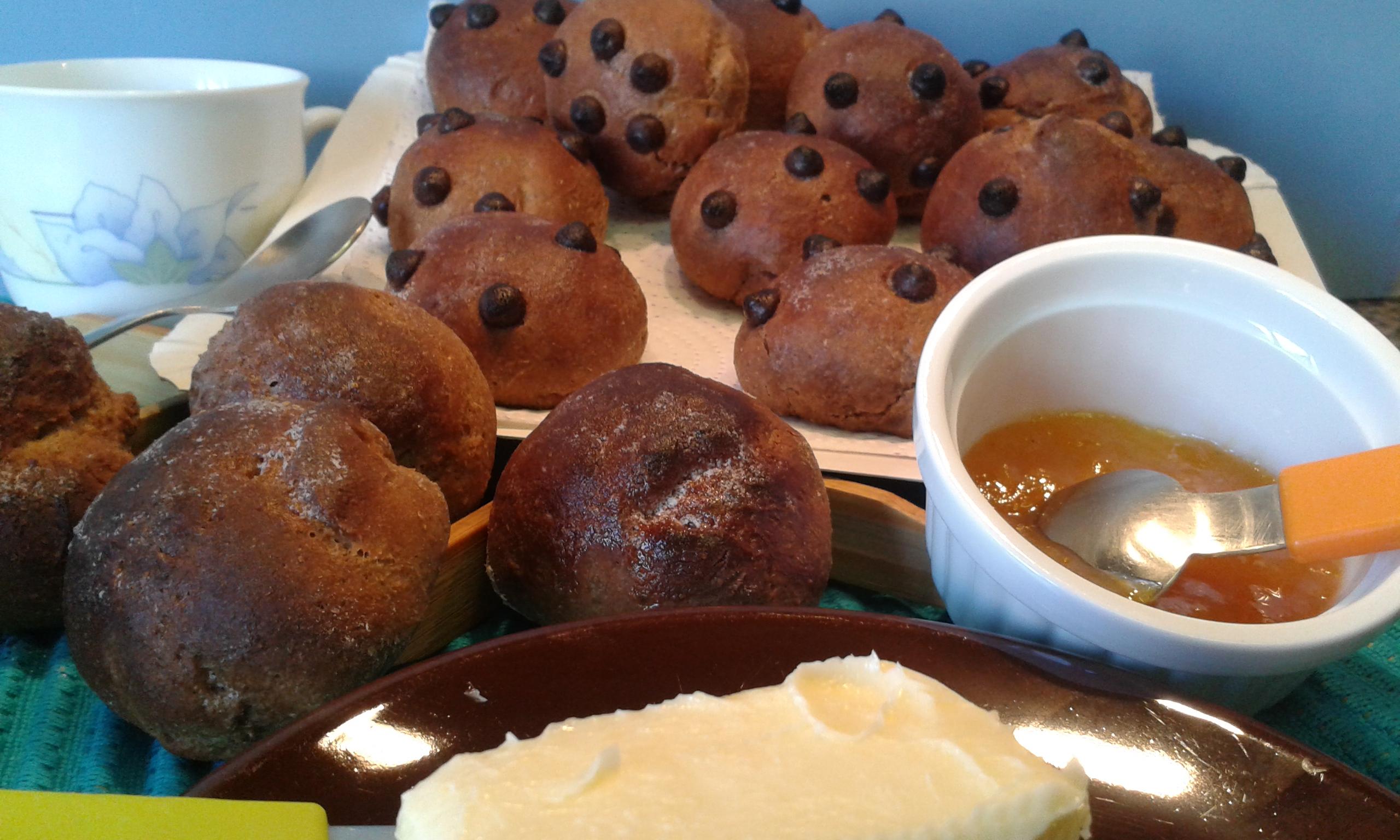 Panecillos de canela y chocolate