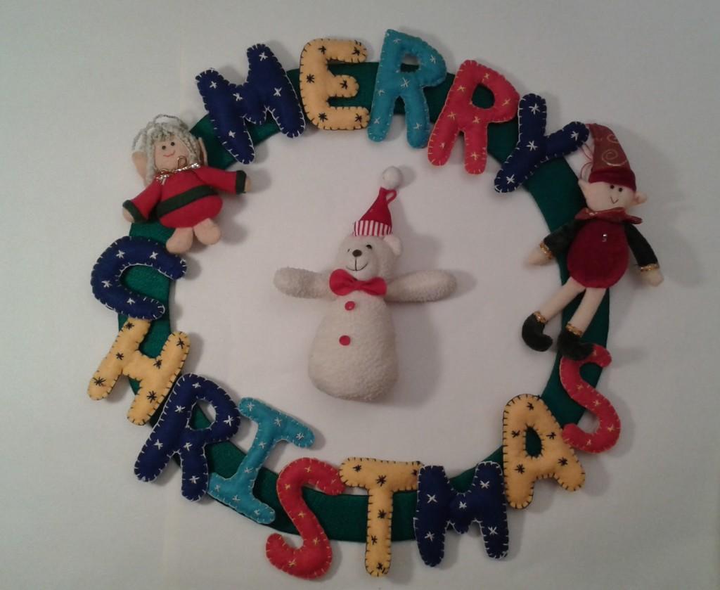 Adorno navideño en fieltro