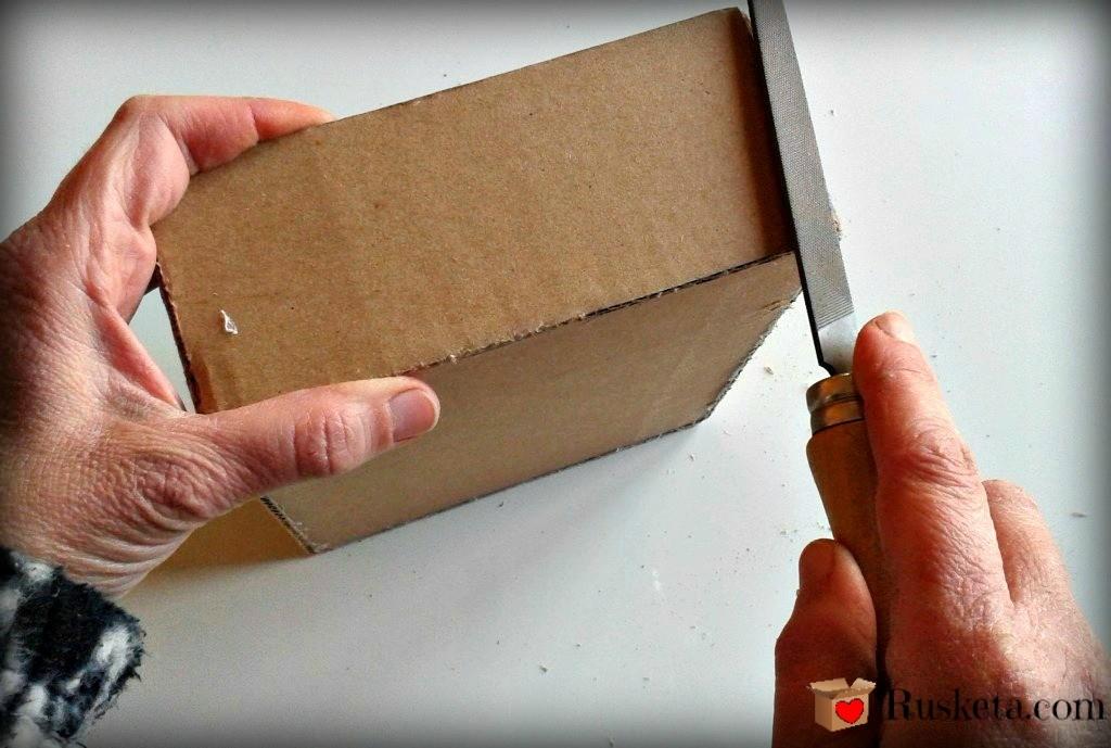 Corrigiendo las imperfecciones de los bordes de la caja de té