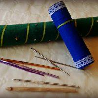 Cómo hacer un guarda agujas con rollos de cartón