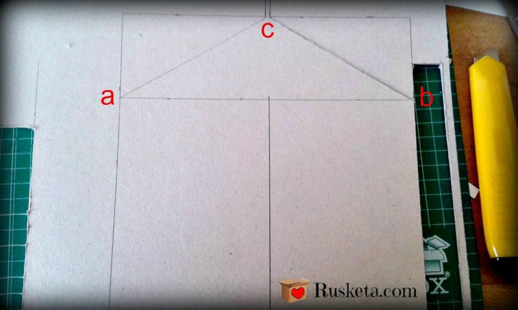 Dibujar y cortar las piezas en cartón gris