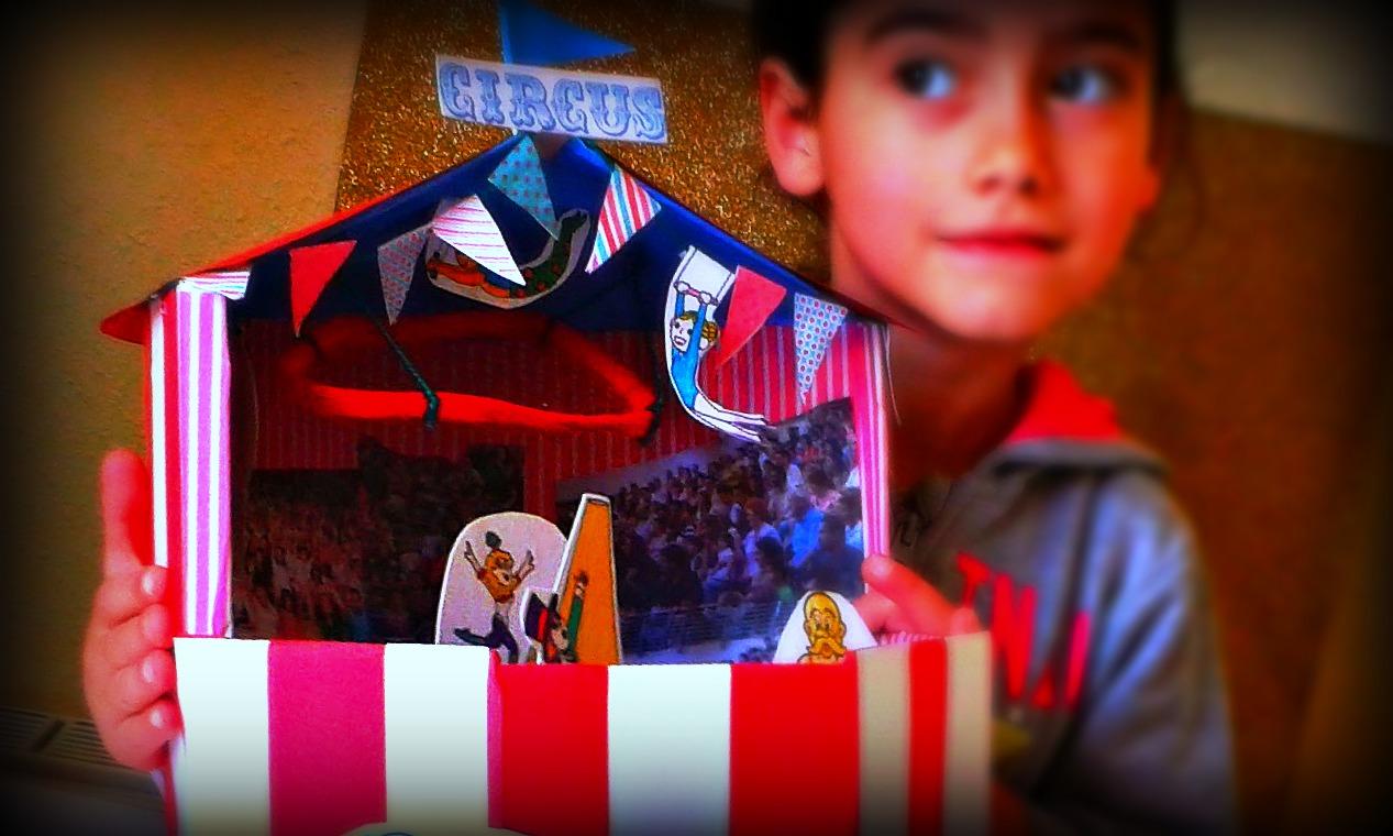 Una Un Circo Haz De Para Niños Caja Con Cartón orBdxeCW