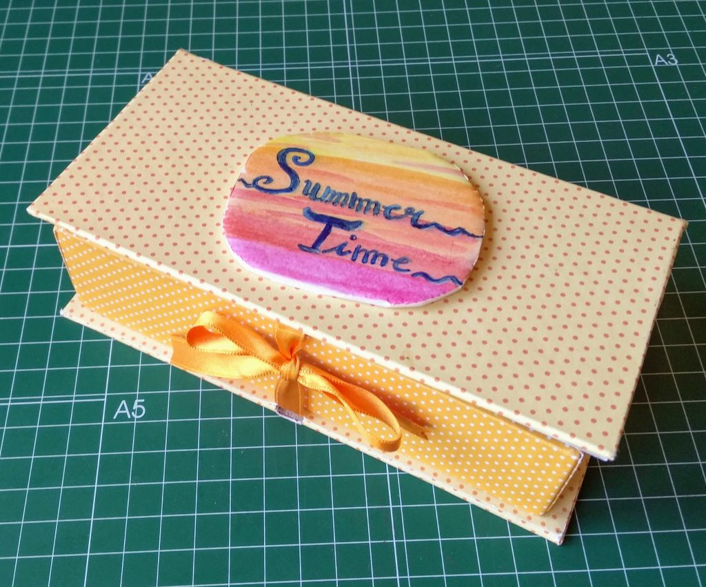 Caja libro para funda de gafas