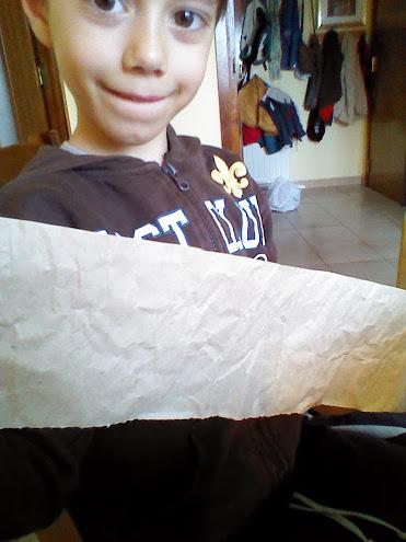 Añadiendo el papel de embalar