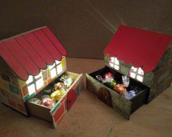 Casitas de cartón de Navidad ¡con cajón secreto!
